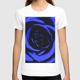 Blue Rose : Pretty Flowers T-shirt