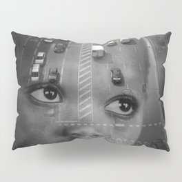 INMIGRANT IN BARCELONA (2017) Pillow Sham