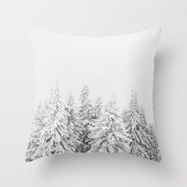 Zimska idila Throw Pillow