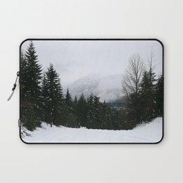 Mist between mountains Laptop Sleeve