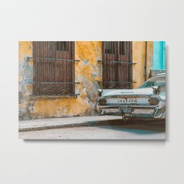 Old Havana Walls Metal Print