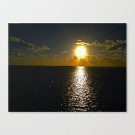 Sun Set By The Sea Canvas Print