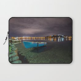 Quiet in the lake Laptop Sleeve