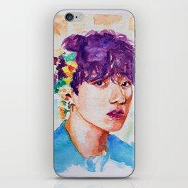 Jungkook et les fleurs iPhone Skin