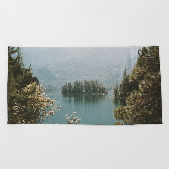 Lothlórien Beach Towel
