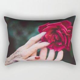 Mignonne allons voir si la rose Rectangular Pillow