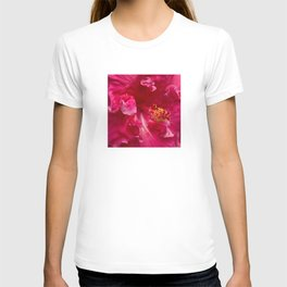 Big Pink Hibiscus Flower The Xandri Collection T-shirt
