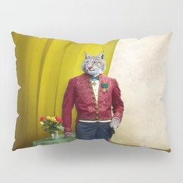 Portrait of Sir Linus Lynx Pillow Sham