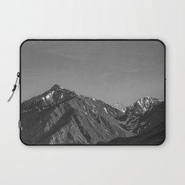 California's Sierra Mountains - B & W Laptop Sleeve