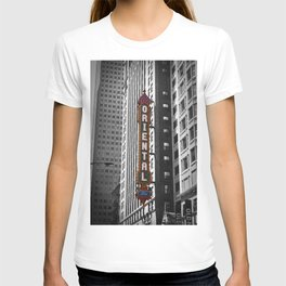 Oriental Theatre Black and White Chicago Photography T-shirt