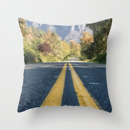 To the Mountains! Throw Pillow