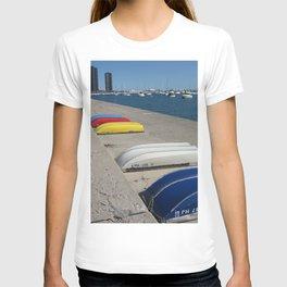 Chicago Shoreline, Skyline, Boats T-shirt