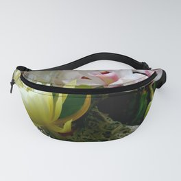 Heavenly May Flowers, Looking Up Fanny Pack