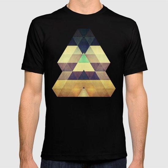 kynxypt kyllyr T-shirt