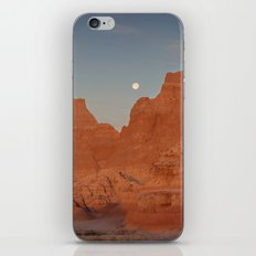 Moonsetting at Sunrise in the Badlands iPhone & iPod Skin