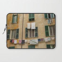 Hanging laundry Laptop Sleeve