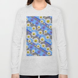 DECORATIVE DIAGONAL PATTERN BLUE MODERN ART WHITE SHASTA DAISIES Long Sleeve T-shirt