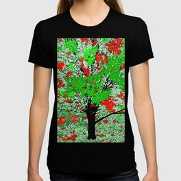 TREE RED AND GREEN LEAF T-shirt