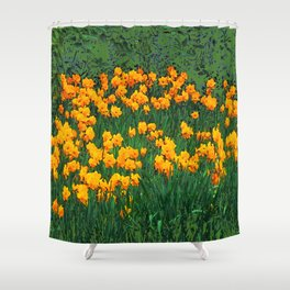 GREEN GARDEN OF YELLOW SPRING DAFFODILS Shower Curtain