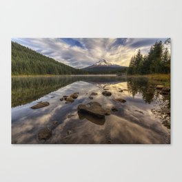 Trillium Reflection Canvas Print