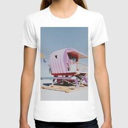 LIFEGUARD STATION / miami beach, florida T-shirt