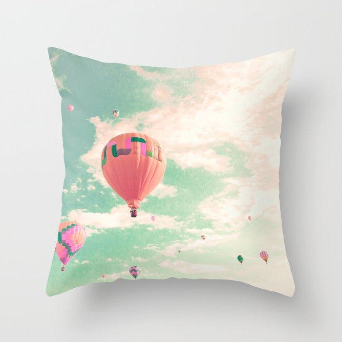 Pink nursery hot air balloons Deko-Kissen