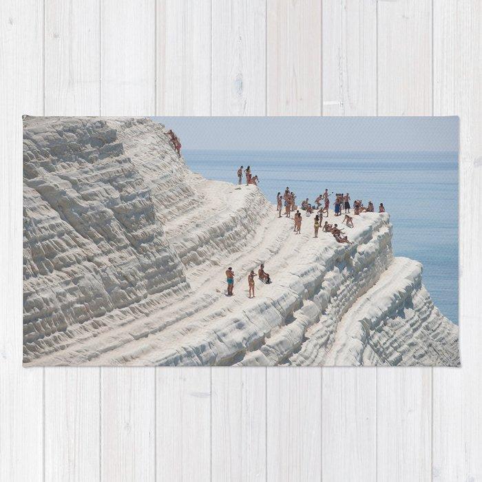 Rocky cliff Scala dei Turchi, Sicily, Italy Rug