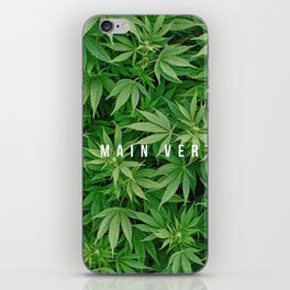 LA MAIN VERTE iPhone Skin