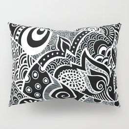 Tangled fishes Pillow Sham