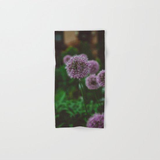 New York Alliums II Hand & Bath Towel