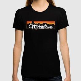 Vintage Middletown Connecticut Sunset Skyline T-Shirt T-shirt