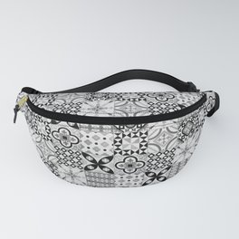 Patchwork pattern, black and white, seamless tile design Fanny Pack