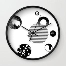 Circles ((O)) Wall Clock
