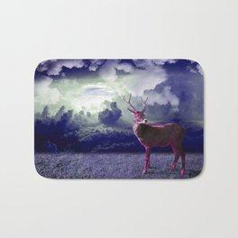 Le cerf dans les nuages Bath Mat