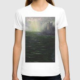 Sunbreak over Urquhart Castle T-shirt
