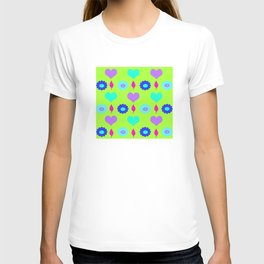 Daisy and heart all over print , duck egg T-shirt