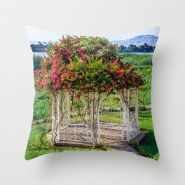 The Queen's favourite place Throw Pillow