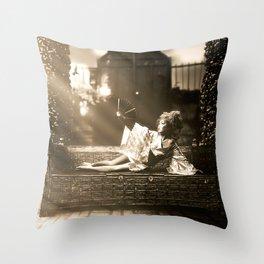 Hummingbird Queen Throw Pillow