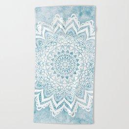 LIGHT BLUE MANDALA SAVANAH Beach Towel