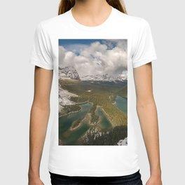 Lake O Hara mountain lake forest mountains mountain landscape British Columbia Yoho National Park Canadian Rockies Canada T-shirt