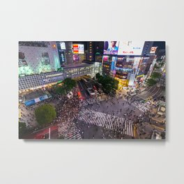 Crowd walking across Shibuya crossing in Tokyo, Japan Metal Print