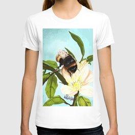 Bee on flower 4 T-shirt