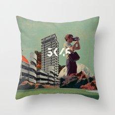 3046 Throw Pillow