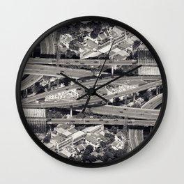 Confluence pt4 Wall Clock