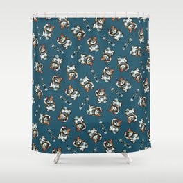 Maneki Neko Marron Shower Curtain