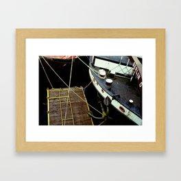 MITTE CATCH Framed Art Print