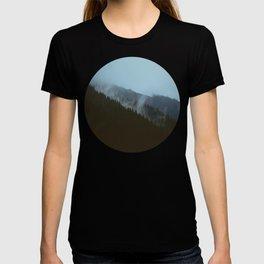 Mid Century Modern Round Circle Photo Graphic Design Slanted Pine Hill Silhouette T-shirt