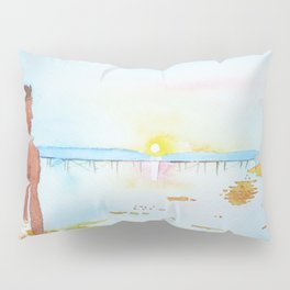Looking at the sun Pillow Sham