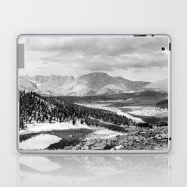 The Sierra Nevada: John Muir Wilderness, Sequoia National Park - California Laptop & iPad Skin