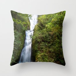 Photos USA Bridal Veil Falls Oregon Nature Waterfalls forest Trees Forests Throw Pillow